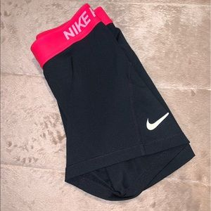 Nike pro 3in compression shorts
